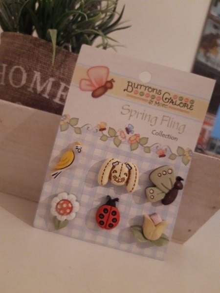 4.50 / Blumen / Knöpfe / Frühling / Buttons Galore